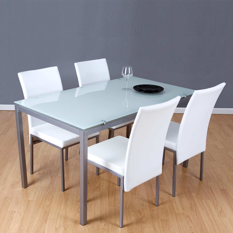 conjunto de sillas y mesa nombre